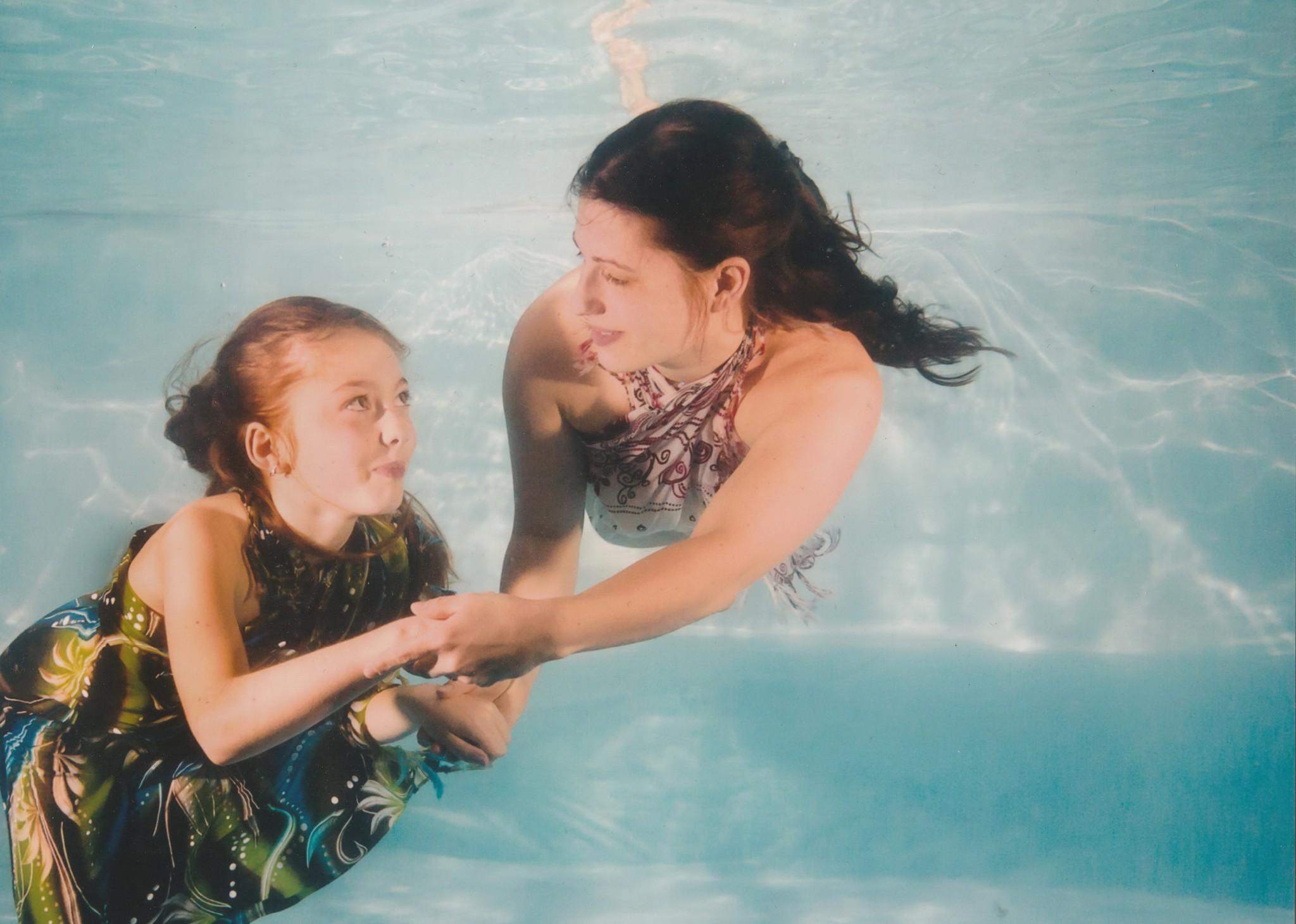 Baby club plaváček HB - Míša s plave s Emičkou - YouTube